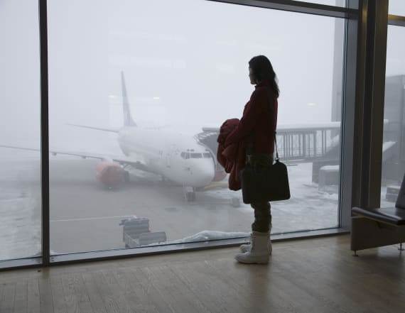 Nor'easter causes mass cancellations at airports