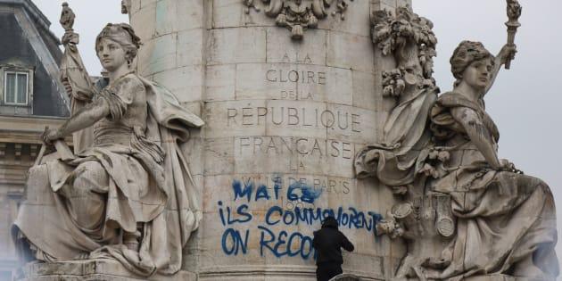 "Mai 68: ""Ils commémorent, on recommence""."