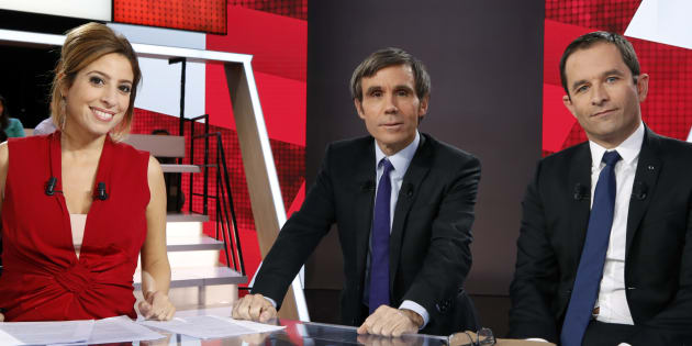Benoît Hamon avec Léa Salamé et David Pujadas sur le plateau de L'Emission politique le 8 décembre.
