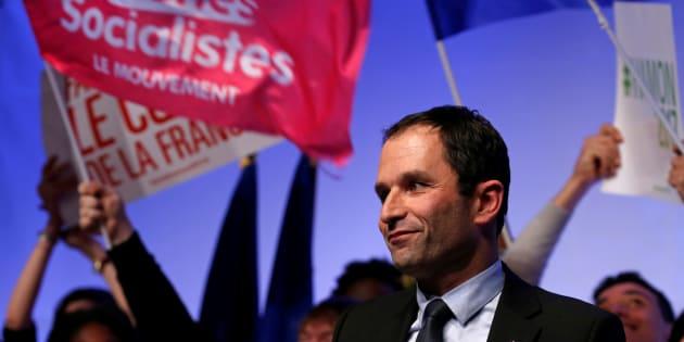 Benoît Hamon en meeting à Arras en février.  REUTERS/Pascal Rossignol