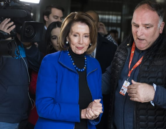 Pelosi blocks SOTU amid shutdown