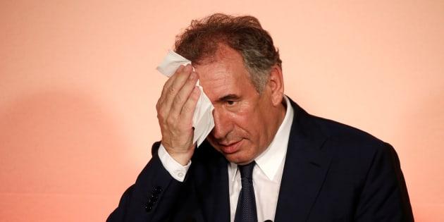 MoDem en conférence de presse à Paris le 21 juin, après sa démission.
