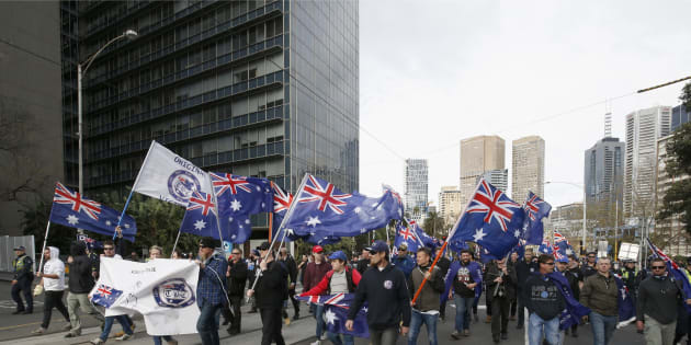 Australian police use pepper spray to stop clashes at anti-immigration rally