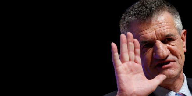 """Accusé via #BalanceTonPorc, Jean Lassalle se défend d'avoir mis """"une main au cul"""""""