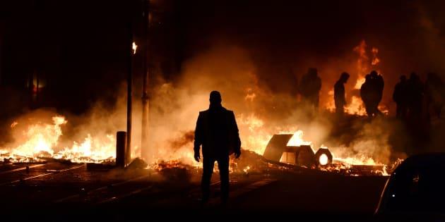 De violents affrontements ont eu lieu à Bordeaux ce samedi 8 décembre. Au moins un blessé grave est à déplorer.