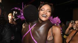 Rihanna clôture la Fashion Week de New York avec un défilé de lingerie