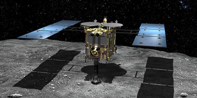 La sonde Hayabusa 2, ici sur une vue d'artiste, a réussi à se poser sur l'astéroïde Ryugu pour en ramener des échantillons sur Terre.