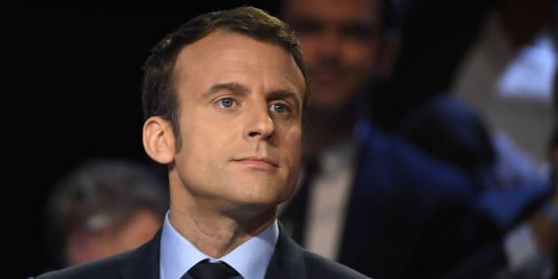 Emmanuel Macron est un Dieu Éole en culotte de velours.