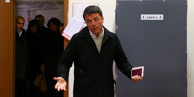 Democratic Party (PD) leader Matteo Renzi reacts as he arrives to cast his vote at a polling station in Florence, Italy March 4, 2018. REUTERS/Alessandro Bianchi