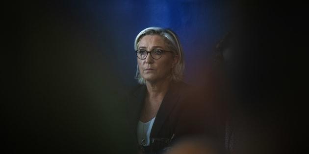 """Pacte de Marrakech: Le Pen dénonce une """"ignominie immigrationniste"""" (et LR est d'accord) [photo prise le 8 octobre 2018 à Rome]"""