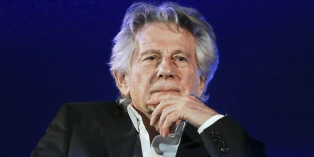 Roman Polanski menace de poursuivre les Oscars après son exclusion de l'Académie.