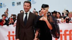 Lady Gaga et Bradley Cooper main dans la main au Festival de