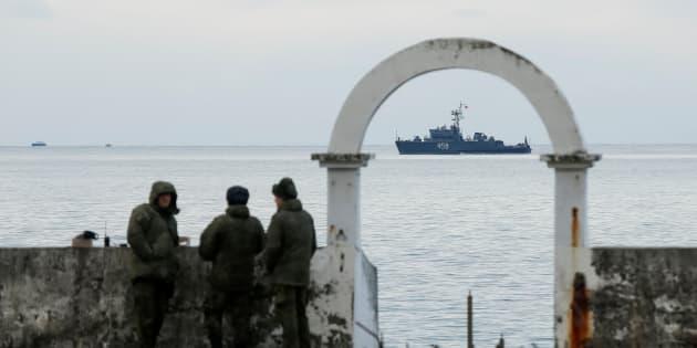 Les recherches se poursuivent pour retrouver l'épave de l'avion militaire russe qui s'est écrasé en mer Noire, ici le 26 décembre près de Sotchi.