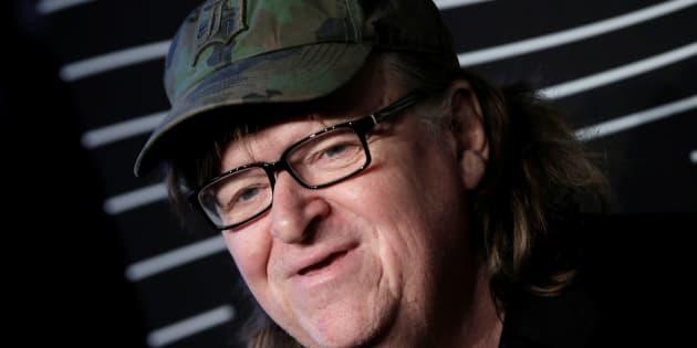 Michael Moore soutient une pièce de théâtre qui met en scène l'assassinat de Donald Trump