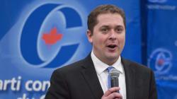 Au tour d'Andrew Scheer de séduire les citoyens du Saguenay-Lac