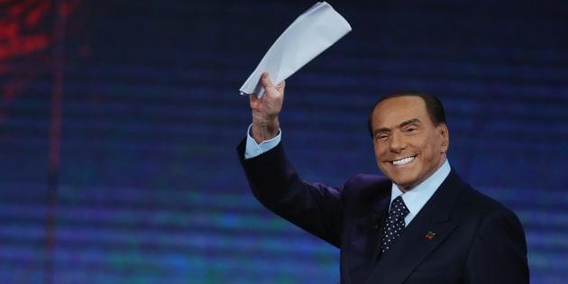 """""""Andrà a finire che ricomprerò il Milan"""". Silvio e"""