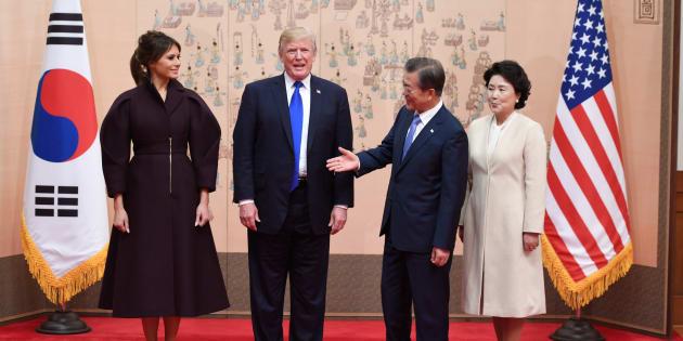 Trump en Corée du Sud, sous l'œil d'une population inquiète de son attitude va-t-en guerre avec Pyongyang