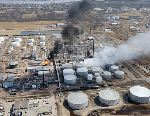 At least 10 injured in blast at Wisconsin refinery