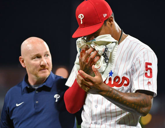 Phillies outfielder leaves game with bloodied face