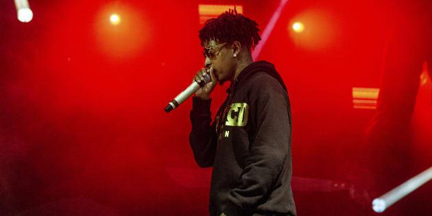 Jay-Z engage un avocat pour la lutte d'expulsion du rappeur — Savage