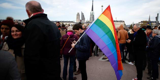 800 personnes se sont rassemblées à Rouen pour dénoncer les actes homophobes le 3 novembre 2018.