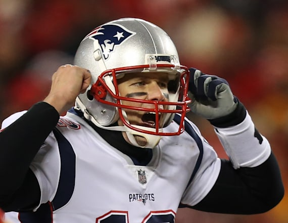 NFL to investigate report of laser pointed at Brady