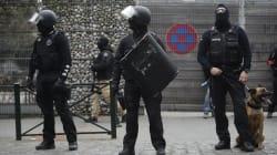 La Belgique veut juger Salah Abdeslam pour avoir tiré sur les
