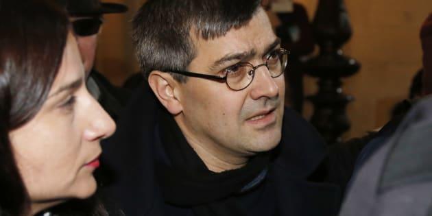 Gilets jaunes: Julien Coupat interpellé à Paris et placé en garde à vue (Photo d'illustration: Julien Coupat à son procès à Paris le 13 mars 2018)