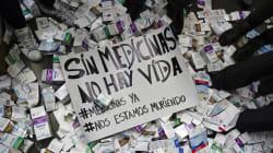 📷 Pacientes con VIH reclaman en Venezuela la escasez de