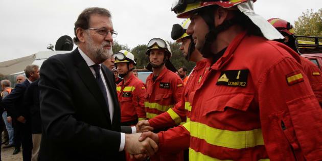 """Incendies en Espagne: Rajoy parle d'actes criminels, la Galice dénonce un """"terrorisme incendiaire"""""""