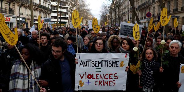 Manifestation contre l'antisémitisme à Paris en mémoire de Mireille Knoll, tuée à Paris en mars 2018.