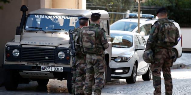 Levallois-Perret: l'homme qui a foncé sur des militaires voulait partir pour la Syrie