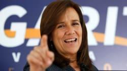 Margarita Zavala sigue el protocolo de registro como aspirante