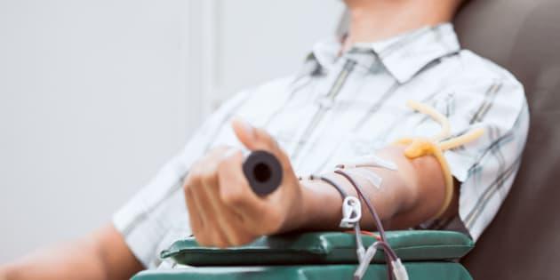 Don du sang des homosexuels: l'année d'abstinence maintenue par le Conseil d'État, les associations en colère