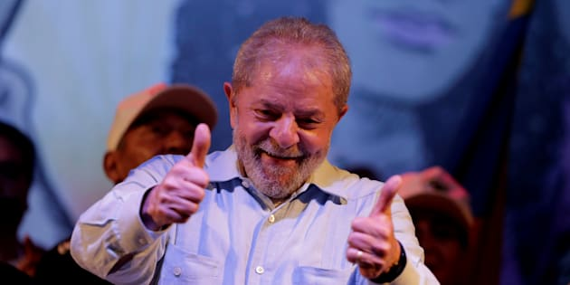 Lula está em caravana de comícios, encontros e conversas em Minas Gerais.