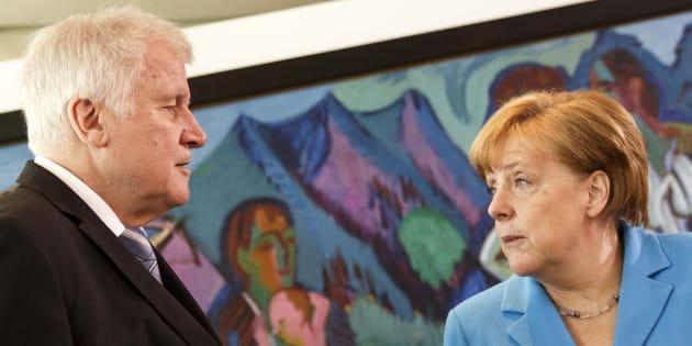 Migranti, Merkel: 'Problema va preso di petto, collaboreremo con l'Italia'