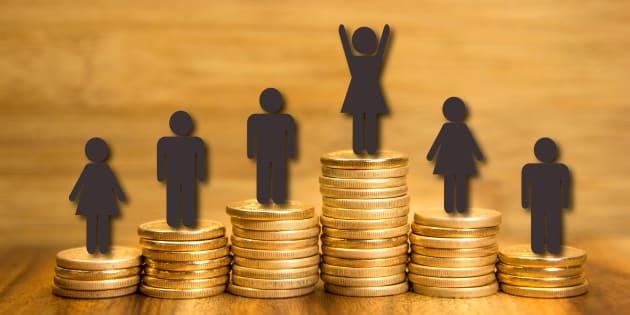 Articulista reflete sobre diferença salarial entre mulheres e homens.