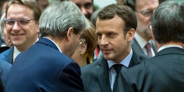 Le Premier ministre italien Paolo Gentiloni et Emmanuel macron en décembre 2017.