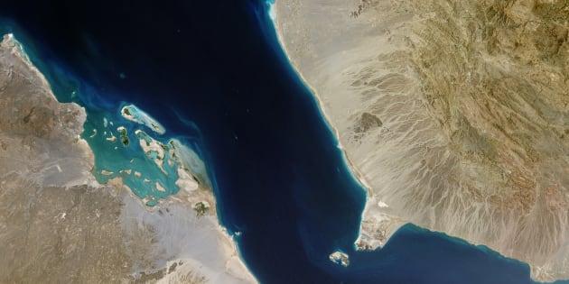 C'est par le détroit de Bab-el-Mandeb que les pétroliers des pays du Golfe transitent à destination de l'Europe par le biais du canal de Suez.