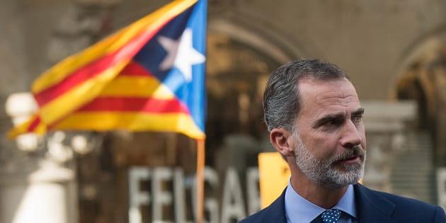 Esteri - Spagna, Re Felipe: condotta irresponsabile Catalogna