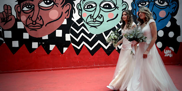 Parejas LGBTTTI adelantan bodas por miedo a Bolsonaro