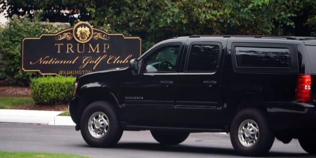 Supervisores del club de golf del presidente de Estados Unidos, Donald Trump, le habrían dado a inmigrantes indocumentados tarjetas verdes y seguro social falsos.