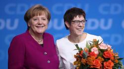 Cdu approva la GroKo, Karrenbauer nuovo leader. Merkel:
