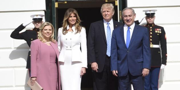 Benjamin Netanyahu et son épouse accueillis par Donald et Melania Trump à la Maison Blanche, mercredi 15 février