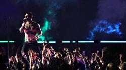 Le torse nu d'Adam Levine au Super Bowl relance la polémique du