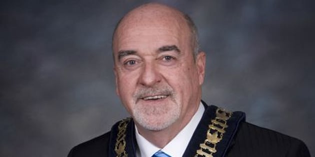 Thunder Bay mayor Keith Hobbs has been charged with extortion and obstructing justice.