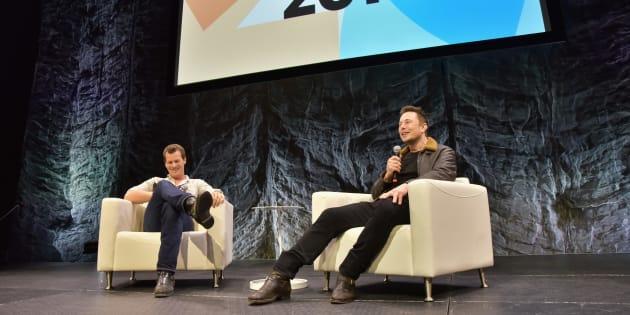 Jonathan Nolan y Elon Musk hablan durante una charla dentro del festival SXSW en Austin, Texas.