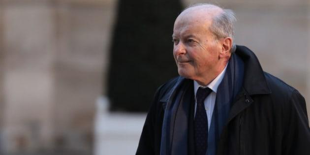 Paris: Le Défenseur des droits ouvre une enquête après les révélations de pratiques racistes au restaurant l'Avenue.