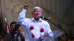 'Regeneración', el fuego cruzado entre Reforma, AMLO y el