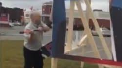 Un candidat à la mairie de Laval détruit une pancarte d'un